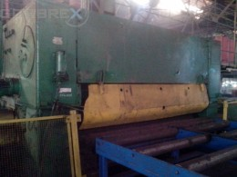 Sheet Straigtening Machine WMW Model: UBR 32 x 3150